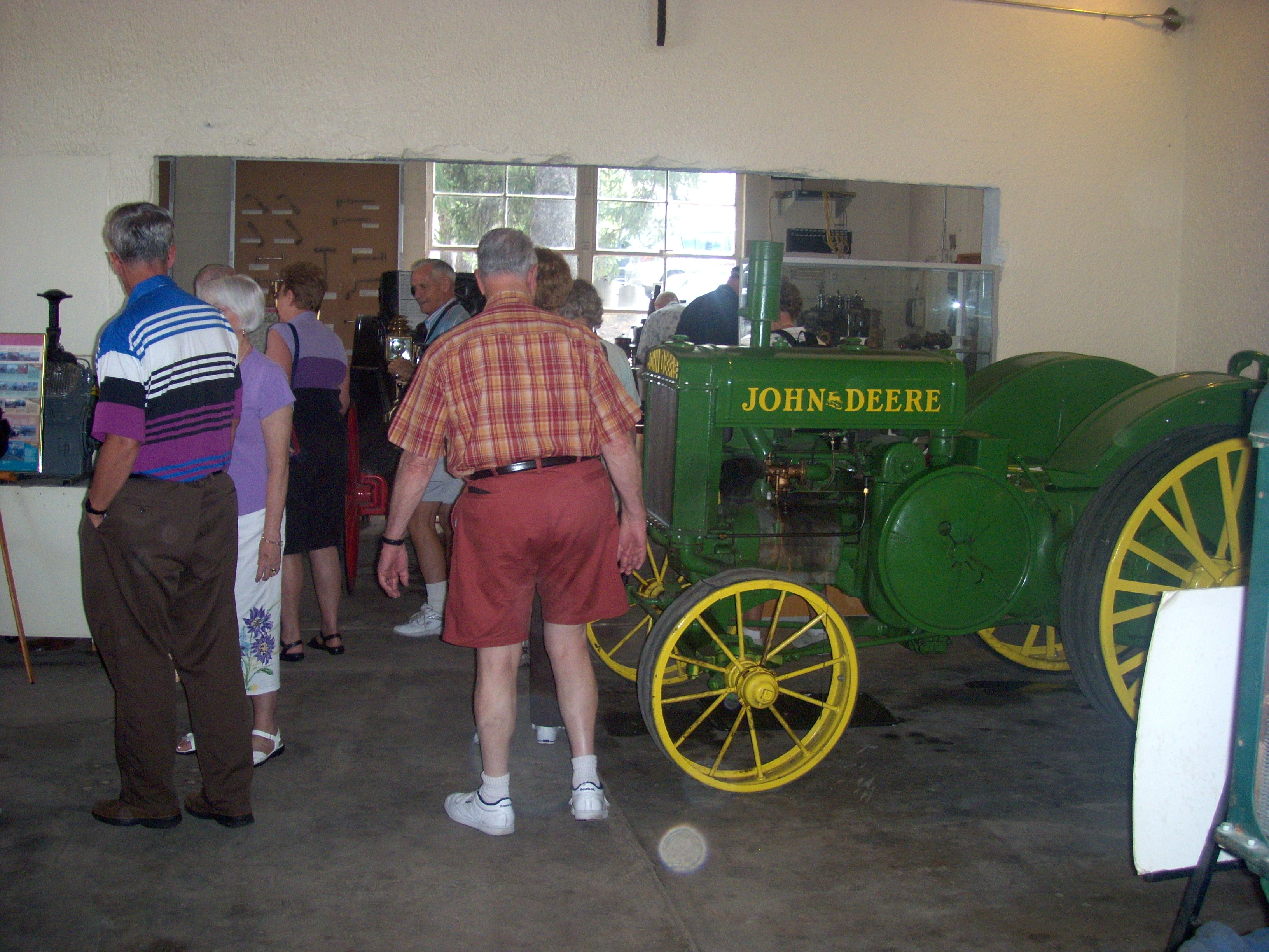 Lincoln tractor Museum